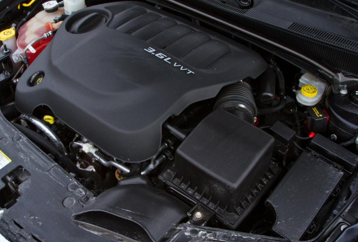 2021 Dodge Avenger AWD Engine