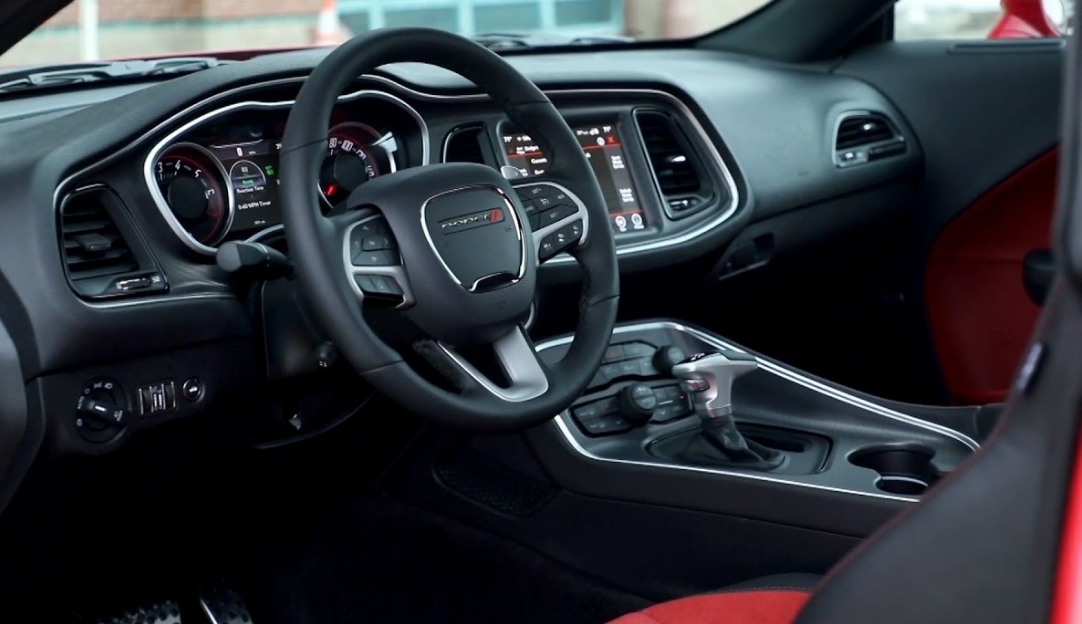 2021 Dodge Challenger AWD Interior
