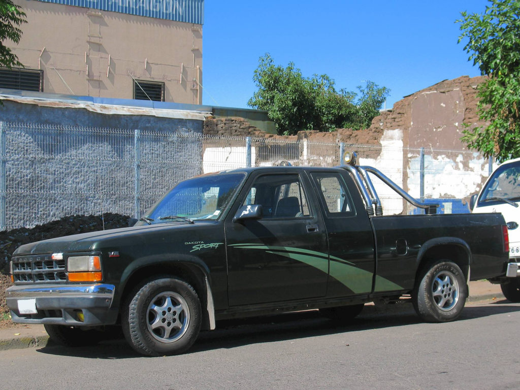 1995 Dodge Dakota Sport Extended Cab Pickup 3 9L V6 Manual