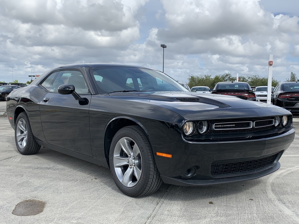 New 2019 DODGE Challenger SXT Coupe In North Miami Beach